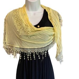 Wrap Scarf Yellow Doily Pattern Hanging Flowers